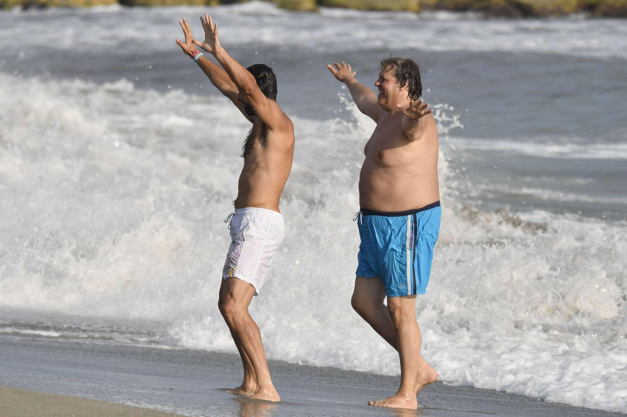 Non solo D'Amico, ecco i giochi al mare di Gigi Buffon