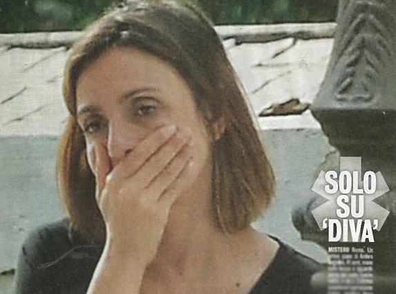 Ambra Angiolini in lacrime dopo la telefonata: ecco cosa è successo