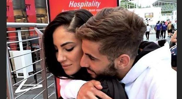 Giulia De Lellis e Andrea Iannone stanno insieme? Lui dimentica Belen e lei va a trovarlo al MotoGp