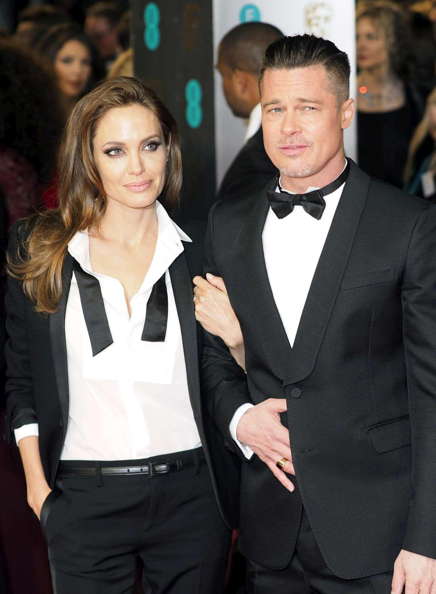 Pitt e Jolie erano già separati in casa da tempo. Intanto Brad si sottopone a test urina