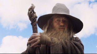 Ian McKellen rifiuta di celebrare un matrimonio vestito da Gandalf