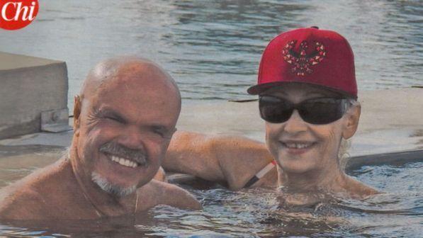 Raffaella Carrà e Sergio Japino, Carramba che coppia in piscina