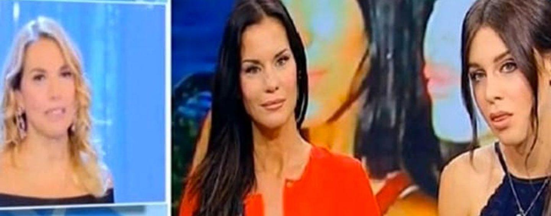 """""""Pomeriggio 5"""", scintille tra Barbara d?Urso e Antonella Mosetti per fuori onda"""