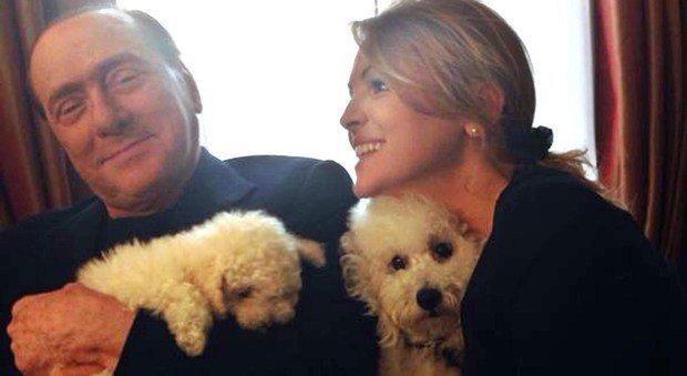 Non solo Dudù, Silvio Berlusconi continua ad adottare