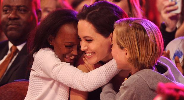 Angelina Jolie, la mamma biologica di Zahara:
