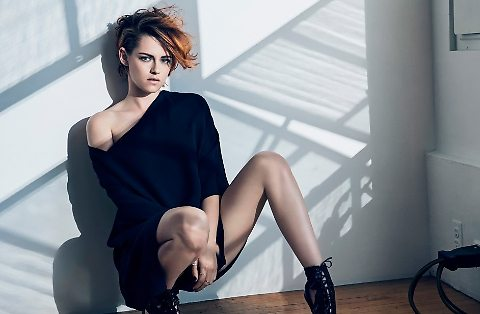 "Kristen Stewart su ""V magazine"": autoreggenti, perizoma e to. pless"