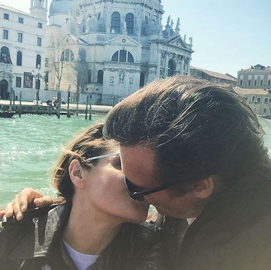 Simona Ventura, compleanno romantico a Venezia con Gerò