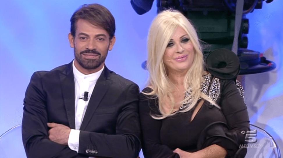 Uomini e Donne, scoppia la lite tra Tina Cipollari e Gianni Sperti. Ecco perché