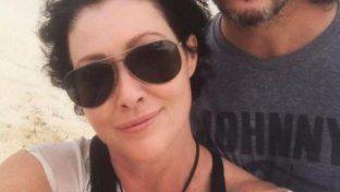 Shannen Doherty, vento tra i capelli per festeggiare la remissione del cancro