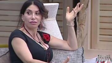 Grande Fratello Vip, in nomination Carmen Di Pietro e Daniele Bossari ma è bufera nella casa