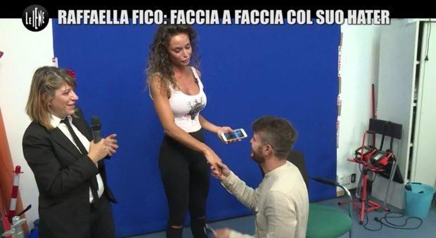 """""""Le Iene"""", l?hater di Raffaella Fico si scusa: """"Non ho niente contro di te"""""""