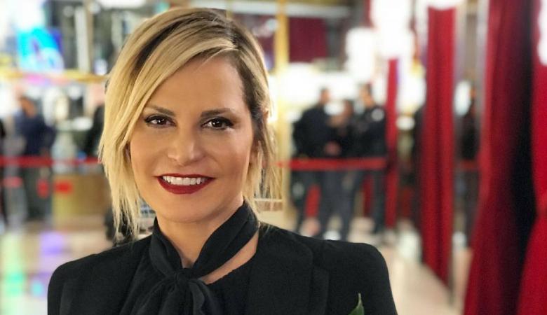 Simona Ventura, bufera ad Amici: «Heather Parisi? Una 18enne». E lei replica: «Vergogna»