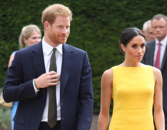 Harry e il braccialetto, il principe lo indossa da 22 anni. Il motivo è commovente
