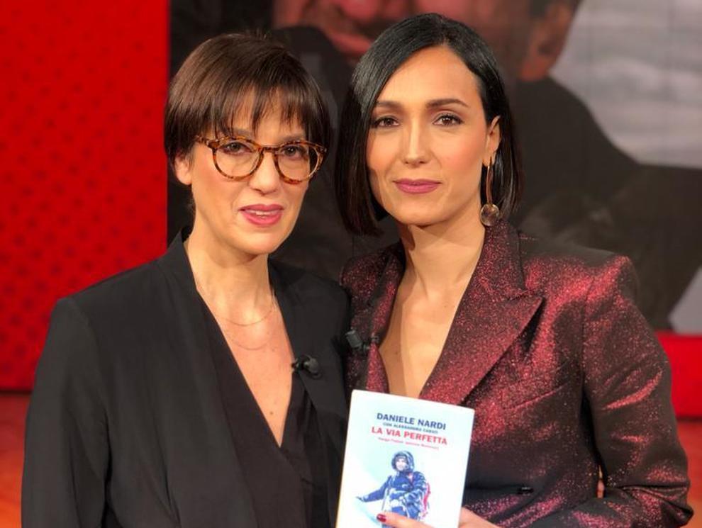 """Daniele Nardi, la moglie a """"Vieni da me"""" ospite di Caterina Balivo: «Quando partì si emozionò per la prima volta, per suo figlio»."""
