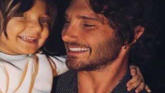 Stefano De Martino: «Io, papà single, voglio adottare un bambino»