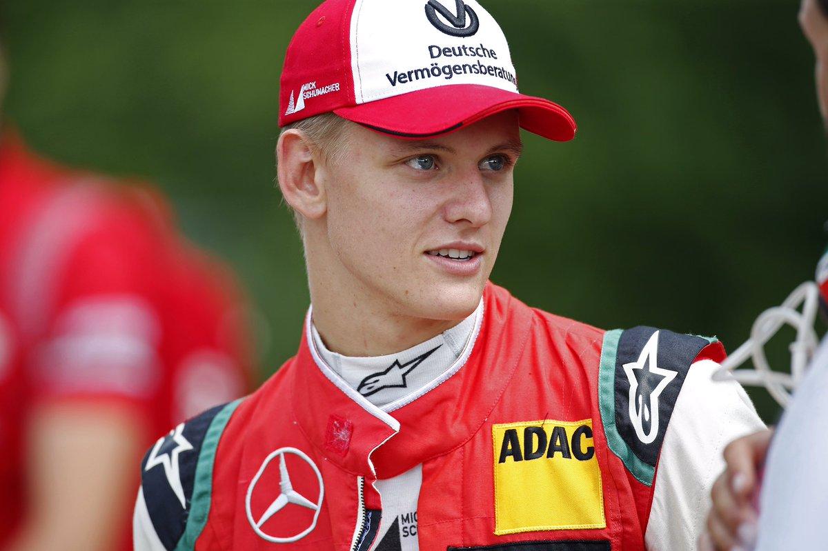 Paura per il figlio di Michael Schumacher, incidente e ritiro in Fomula 2