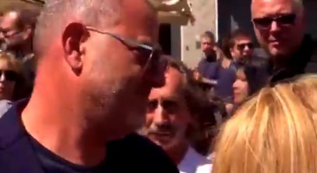 Nadia Toffa, domanda choc a Giulio Golia ai funerali: «Ci facciamo un selfie?». Lui risponde così