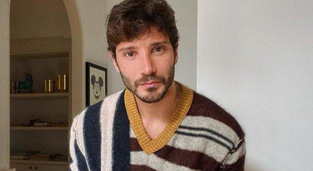 Belen incinta, le prime parole di Stefano De Martino dopo l'annuncio: «La mia donna ideale...»