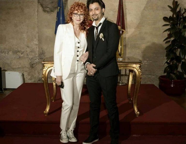 Fiorella Mannoia si è sposata con le scarpe da ginnastica: la cantante spiega perché
