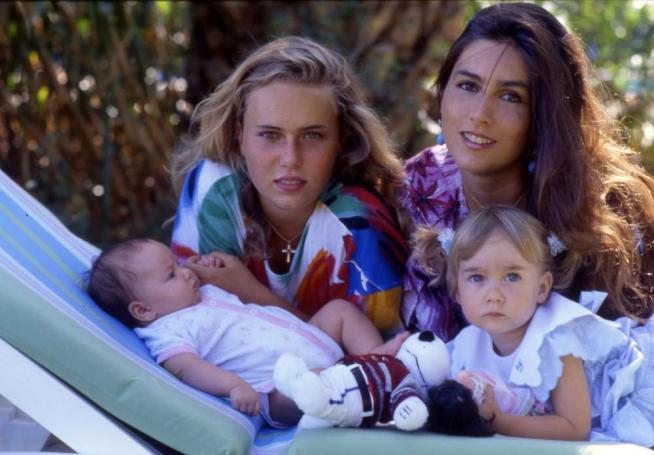"""""""Buon compleanno, ovunque tu sia"""", Romina fa gli auguri a Ylenia, scomparsa nel '93"""