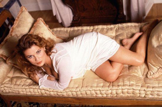 """Serena Grandi e le nozze col nobile: """"Per il matrimonio ho già perso 15 chili. Ecco che dieta seguo"""""""