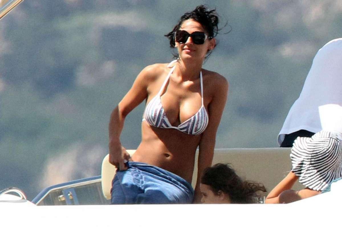 """Anna Tatangelo e la crisi con Gigi D'Alessio: """"Lei ha un corteggiatore..."""""""