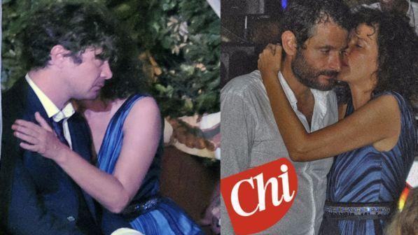 Valeria Golino bacia il suo ex Riccardo Scamarcio, ma anche Gianluca