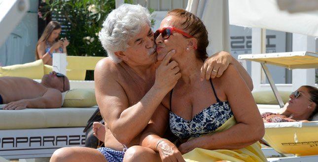 Antonio Razzi, estate al bacio con la moglie Maria Jesús Fernàndez: mai visto così!