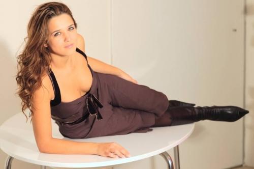 """""""Tr... come te vanno arse vive"""": Francesca Barra minacciata per la sua vita privata"""