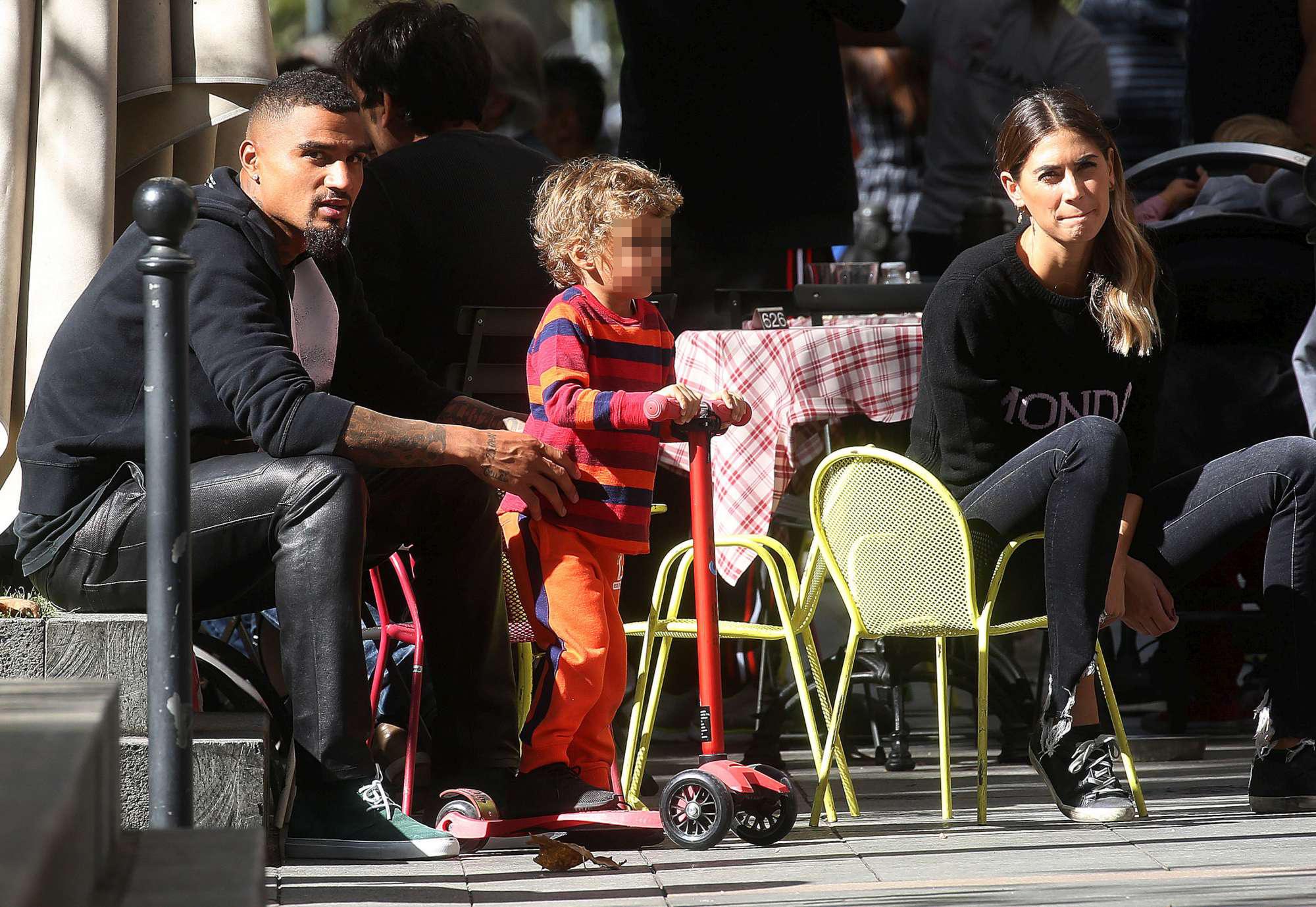Melissa Satta e Boateng, pomeriggio al parco con Maddox