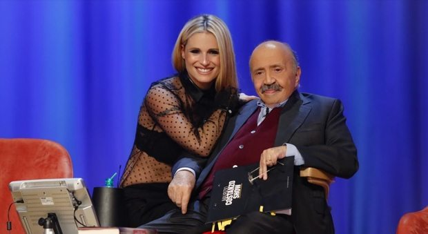 Maurizio Costanzo Show, Parlano i genitori di Trifone. Sul palco Michelle Hunziker che sogna Sanremo