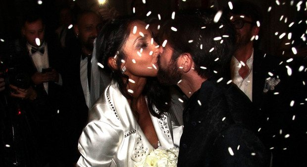 Juliana Moreira ed Edoardo Stoppa, matrimonio da favola a Milano