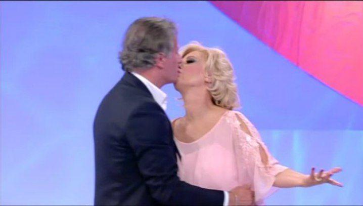 """Tina Cipollari, nuovo flirt? Gemma accusa: """"È un anno che ha una storia con Giorgio Manetti"""""""