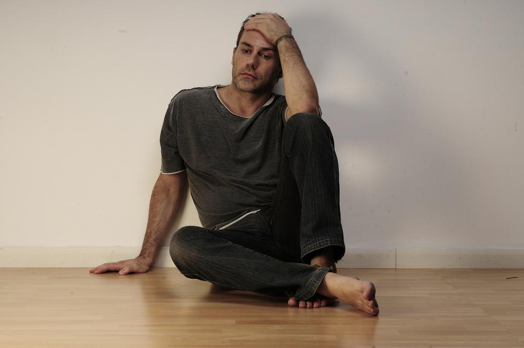 Incendio in hotel, l'attore Alessandro Bertolucci salvo per miracolo: