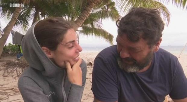 Bianca Atzei, i consigli su come riaccendere la passione all'Isola dei Famosi