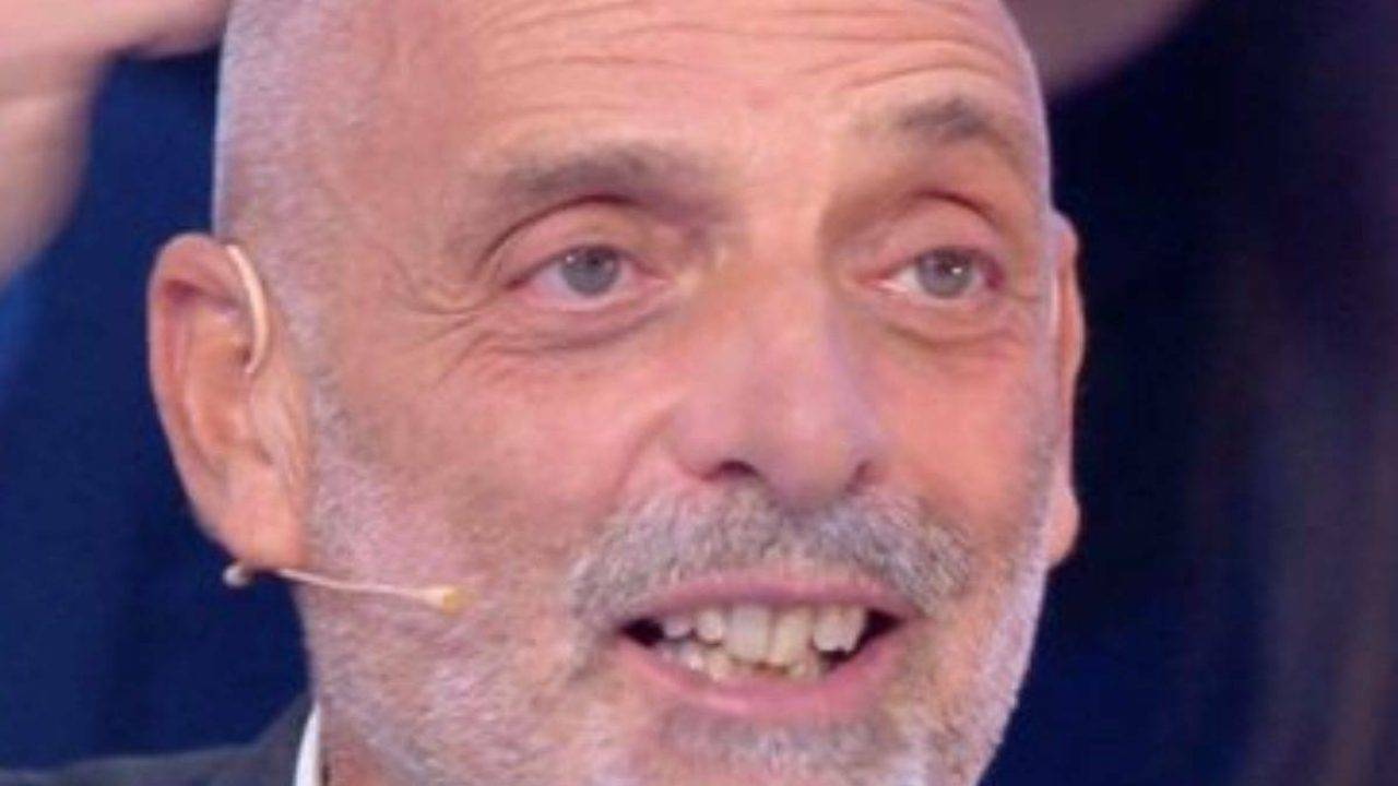 Grande Fratello Vip, Paolo Brosio non entra più: «Non sta bene è in ospedale»