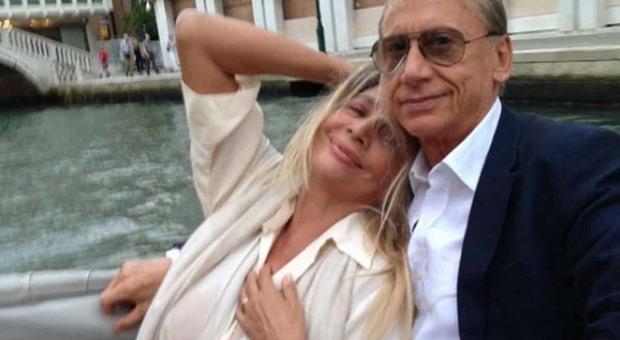 Gianni Dei, morto l'attore e cantante. Mara Venier in lutto: «Come faro? senza di te?»