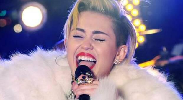 Miley Cyrus choc: «Ho visto un Ufo, sono rimasta scossa per giorni»