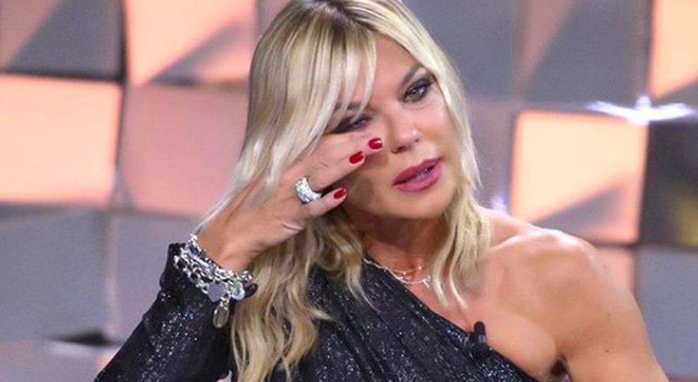 Matilde Brandi a Verissimo dopo il Grande Fratello Vip: «Non gli ho fatto neanche il funerale». Silvia Toffanin si commuove