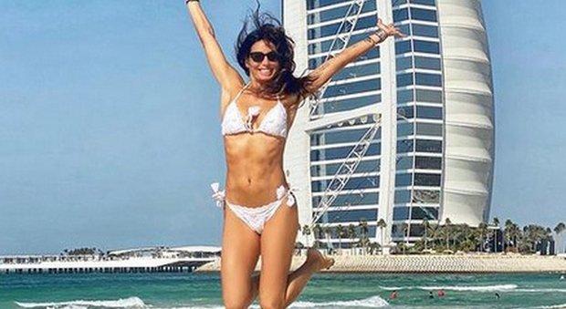 Elisabetta Gregoraci torna a Dubai, proprietaria di un locale con Flavio Briatore: «Affari da Mille e una notte...»