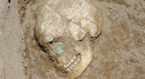 Bologna, cranio di donna di 5mila anni fa trovato in un grotta