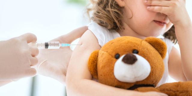 Pfizer-BioNTech: il vaccino ai bambini tra i 5 e gli 11 anni «è sicuro e funziona». Gli effetti collaterali