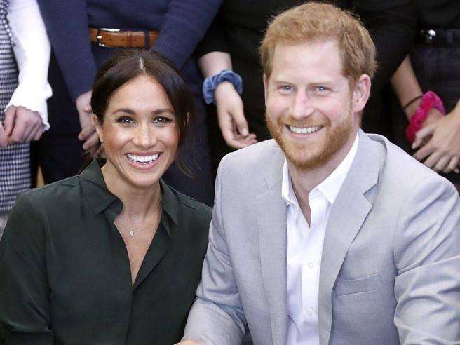 Meghan Markle è incinta. Lei e il principe Harry aspettano il primo figlio che nascerà in primavera