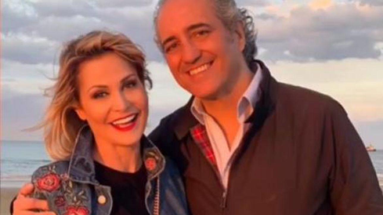 Simona Ventura, dedica d?amore per il compleanno del suo compagno