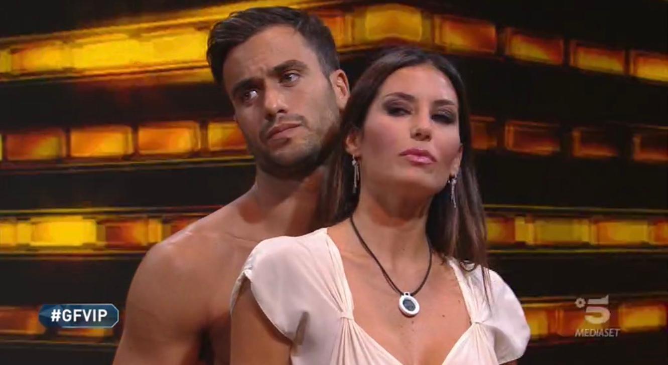 Elisabetta Gregoraci choc al Gf Vip: ecco perché non può baciare Pierpaolo Pretelli. «Ha un contratto...»