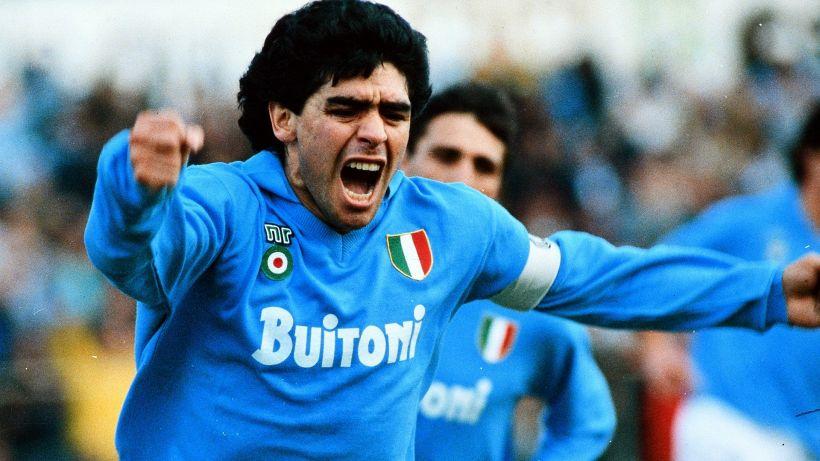 Maradona, la camera ardente alla Casa Rosada. Oggi la sepoltura nel cimitero dove sono i genitori