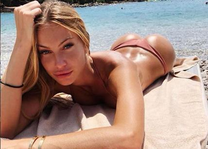 Taylor Mega, topless di lusso su Instagram