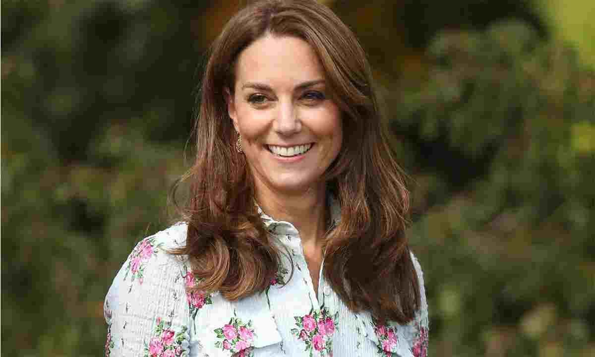 Kate Middleton diventa presidente degli Scout: la duchessa festeggia con i marshmallows