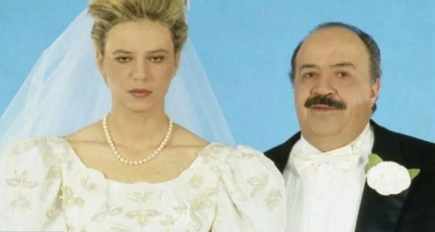 """Costanzo e De Filippi, la foto del matrimonio: """"È falsa"""""""