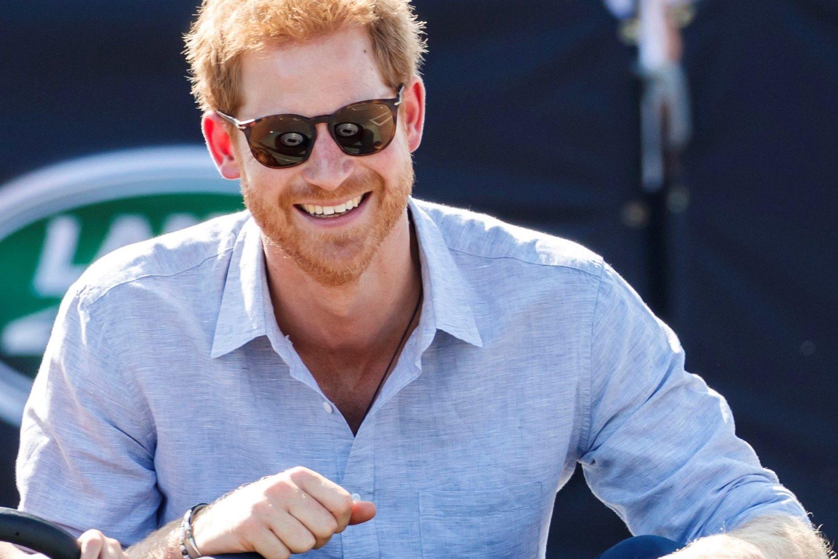 Il Principe Harry compie gli anni. William e Kate lo «celebrano» con un Tweet glaciale: rottura definitiva?